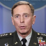 Extremists in Pakistan fighting back: Gen Petraeus