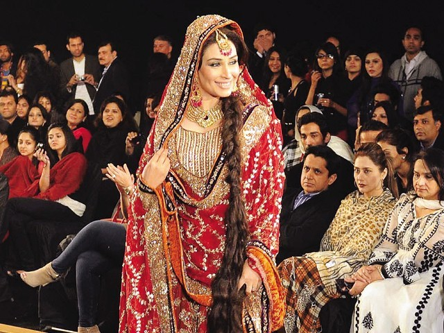 Lollywood stars at Bridal Couture Week 2010