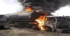 Terrorists Attack NATO oil Tankers 5 killed (Peshawar)
