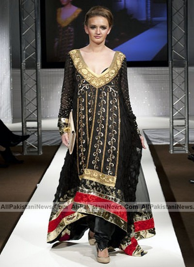 Fashion Trend 2011 Pakistan on Pakistan Fashion Week Uk Day 2     Pakistani Top Models 2011