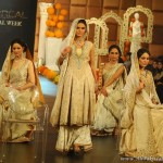 Pakistani Bridals Fashion Weeks 2011 Latest Bridals Fashion Collection 2012