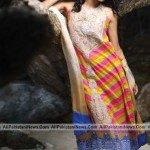 Latest-Sumer-Lawn-Fashion-2012-(AllPakistaniNews.Com)-11