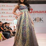 Latest-Sumer-Lawn-Fashion-2012-(AllPakistaniNews.Com)-36