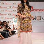 Latest-Sumer-Lawn-Fashion-2012-(AllPakistaniNews.Com)-37