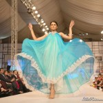 Pakistan Fashion Week 2012 Latest Burqas and Qaraqul