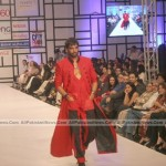 Pakistan-Fashion-Week-2012-(AllPakistaniNews.Com)-2