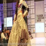 Pakistan-Fashion-Week-2012-(AllPakistaniNews.Com)-33