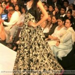 Pakistan-Fashion-Week-2012-(AllPakistaniNews.Com)-40