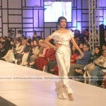 Pakistan-Fashion-Week-2012-(AllPakistaniNews.Com)-5