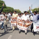 Doctors Call off Strike as Govt Withholds Transfers