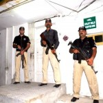 Watch Bank Robbery In Karachi Exclusive Video
