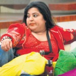 Indian Star Dolly Bindra opens fire at Pakistani Veena Malik