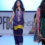 Pakistan-Sexiest-Models-PFDC-Fashion-Week-2012-(AllPakistaniNews.Com)-30