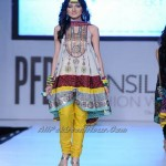 Pakistan-Sexiest-Models-PFDC-Fashion-Week-2012-(AllPakistaniNews.Com)-32
