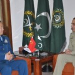 Chinese Army General Meets General Kayani and General Khalid Wynne