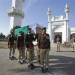 Indian Troops on Alert at Border with Pakistan