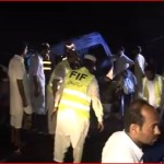 17 Passengers Burnt to Death Chiniot Head-on Collision