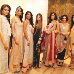 Shehla Chatoor Showcases in New Delhi (Fashion Beyond Borders)